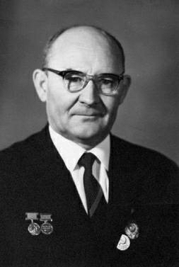 Nikolai Fedorowitsch Makarov (undatierte, aufgrund der Orden zwischen 1966 und 1974 gemachte Aufnahme)