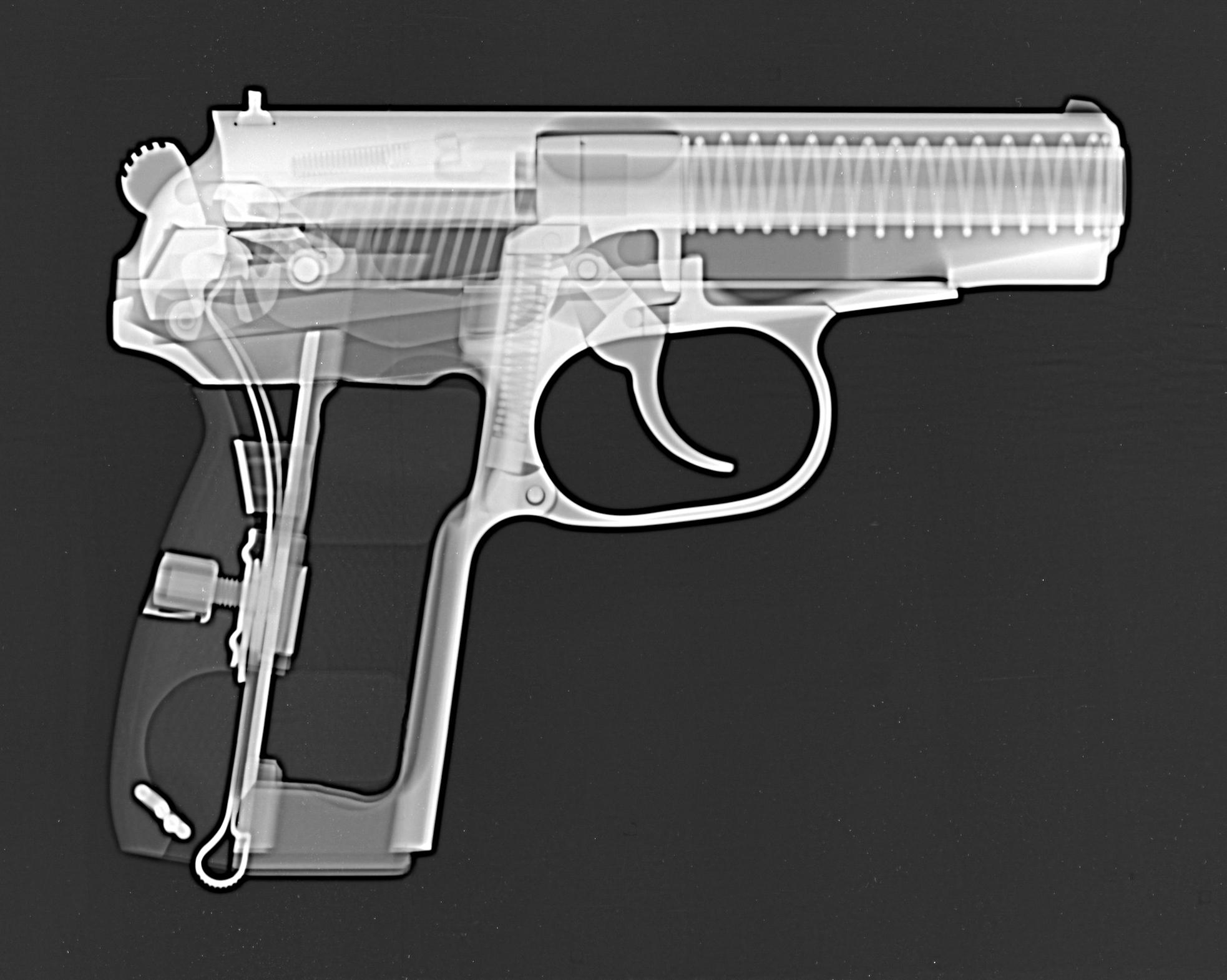 Pistole Makarov 9 mm - Röntgenbild