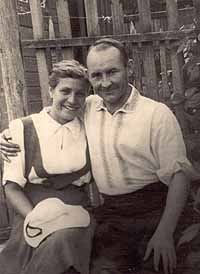 Nikolai Fedorowitsch Makarov mit seiner Ehefrau Nadeschda (geborene Mandelstam; undatierte Aufnahme)